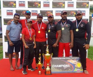 PHOTO---MEDIA-RELEASE-ENGLISH---Commercial-Credit-triumphs-at-LankaPay-Six-A-Side-Cricket-Tournament