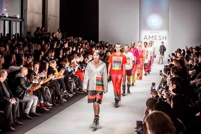 Dimo Walks Sri Lankan Fashion Industry To The International Ramps Ceylon Business Reporter