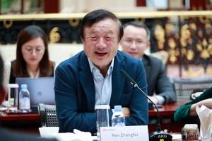 Huawei-Founder-and-CEO-Ren-Zhengfei-speaking-to-reporters-2