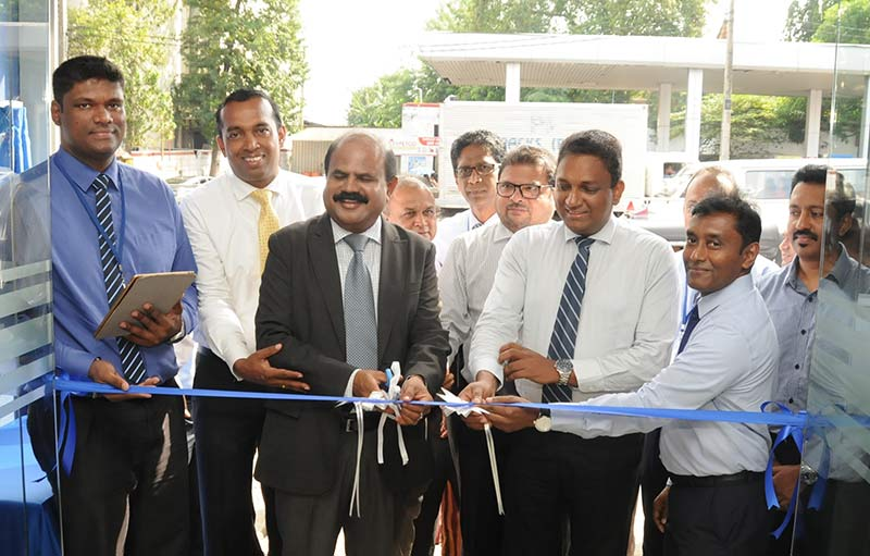 Mr. P.G.Kumarasinghe Sirisena ( third from left) opening an RTO with Mr. Priyantha Fernandez - Chief Operating Officer & Mr. Kiththi Perera - Chief Executive Officer