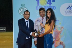 "Anika Seneviratne, Winner of ""The Vision Care Senior player of the tournament"" receiving her award."