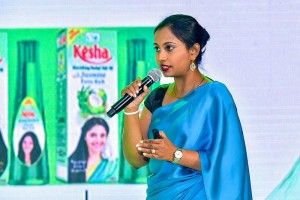 Link Kesha re-launches its herbal hair oil range and unveils its new variant Kesha Lite