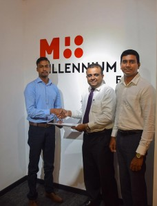 left: Mr. Indika Dalugama – Director, STEMUp Educational Foundation exchanging partnership with Dr. Sajeeva Narangoda, Director/Chief Operating Officer, MillenniumIT ESP and Chief Investments and Process Officer Ambeon Holdings PLC, Mr. Sanjaya Dayananda – Head of Business Applications, MillenniumIT ESP