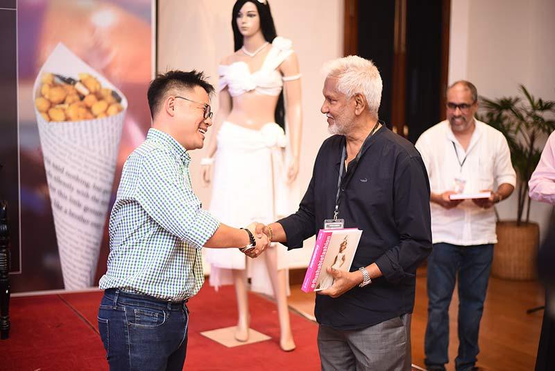Dress. Flush. Repeat. - Jian Yang launches #Flushablefashion in Sri Lanka