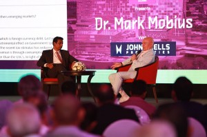 Nayana Mawilmada, Sector Head of John Keells Properties and Dr. Mark Mobius take questions from the audience