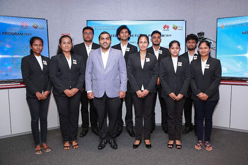 Huawei Sri Lanka Manager Public & Government Affairs Jithendra Antonio with the University Students selected for the Seeds for the Future 2019