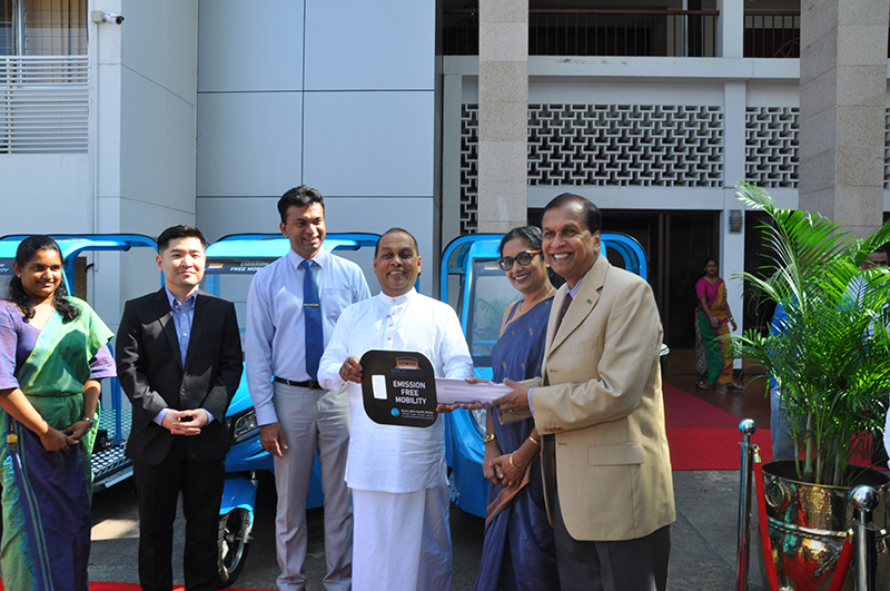 Hon. Mahinda Amaraweera, Minister of Transportation, Power & Energy and Hon. Mahindananda Aluthgamage, State Minister of Power along with Dr. Asanka Rodrigo Director General, Sustainable Energy Authority and Minjae Kang representing Korea Energy Agency participated at the handing over ceremony. Sunil Dissanayake, Director/Chief Executive, BMICH accepted the E- trikes on behalf of BMICH.