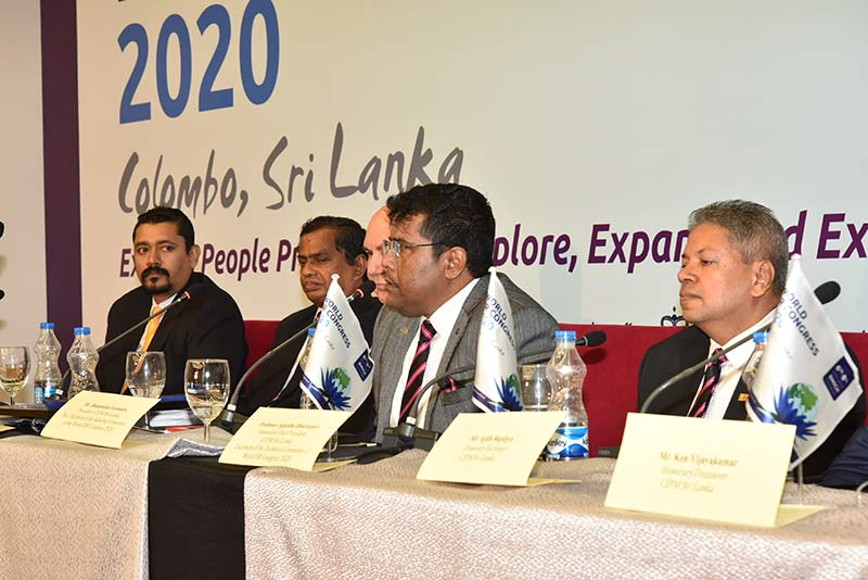 Dhammika Fernando – President, CIPM Sri Lanka and Chairman – World HR Congress 2020 (2nd from right) addressing the media together with Prof. Ajantha Dharmasiri - Chair of the Technical Committee, World HR Congress2020 (extreme right) together with other officials