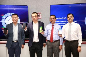 1.From left Huawei Consumer Business Group Sri Lanka Head of Products David Xukai, Country Head Peter Liuyi, Singer Sri Lanka PLC Director Operations Jagath Perera and Marketing Director Shanil Perera introduces the Huawei Y7P