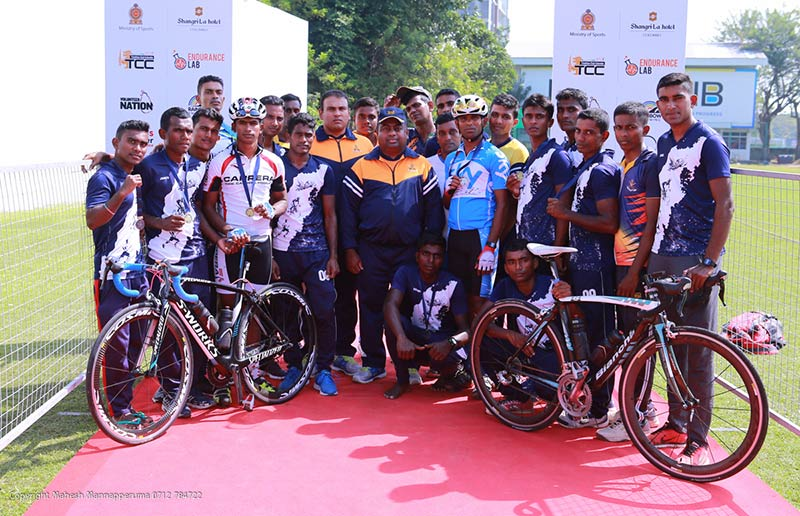 1.CeyEndurance Triathlon Series 2020 - Elite Category group picture of participants representing the Sri Lanka Army.