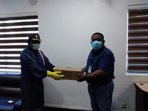 Shanaka Jayaweera, Senior Manager – Supply Chain of Watawala Tea Ceylon Limited handing over the donations to Commodore K.T.M. Perera, Commanding Officer of Sri Lanka Volunteer Naval Force and SLNS 'Lanka'