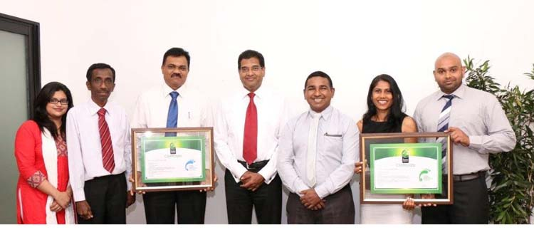 Hayleys Agriculture Team with the two milestone certificates