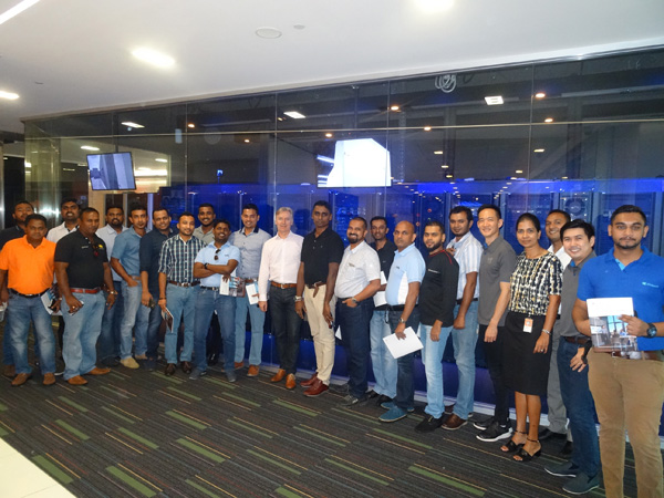 Picture- Valued Reseller Experience Cloud Solutions at Microsoft Technol…