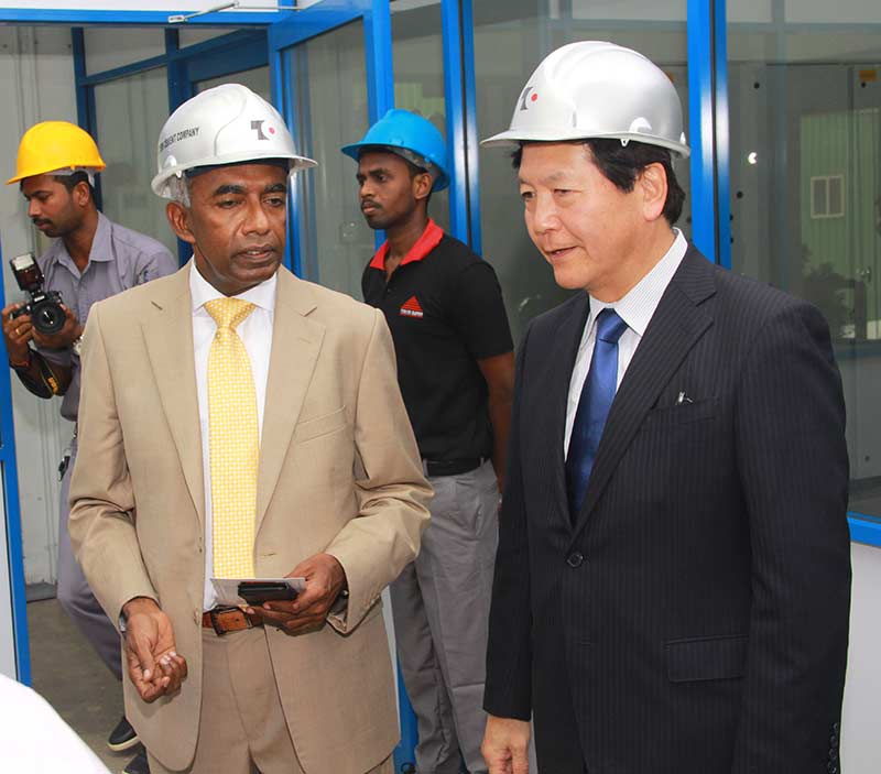 Mr.-S.-R.-Gnanam-with-Mr.-Tadashi-Matsunami-from-Ube-Industries-Ltd,-Japan