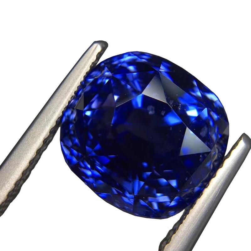 11.67-ct.-Natural-Vivid-_Royal-Blue_-Ceylon-Sapphire-11.7-x-10.9-x-9.7-mm.-Tot.-23333-USD9-1