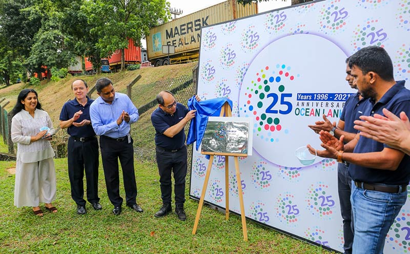 Ocean-Lanka-senior-management-team-at-25th-year-commemorative-celebration