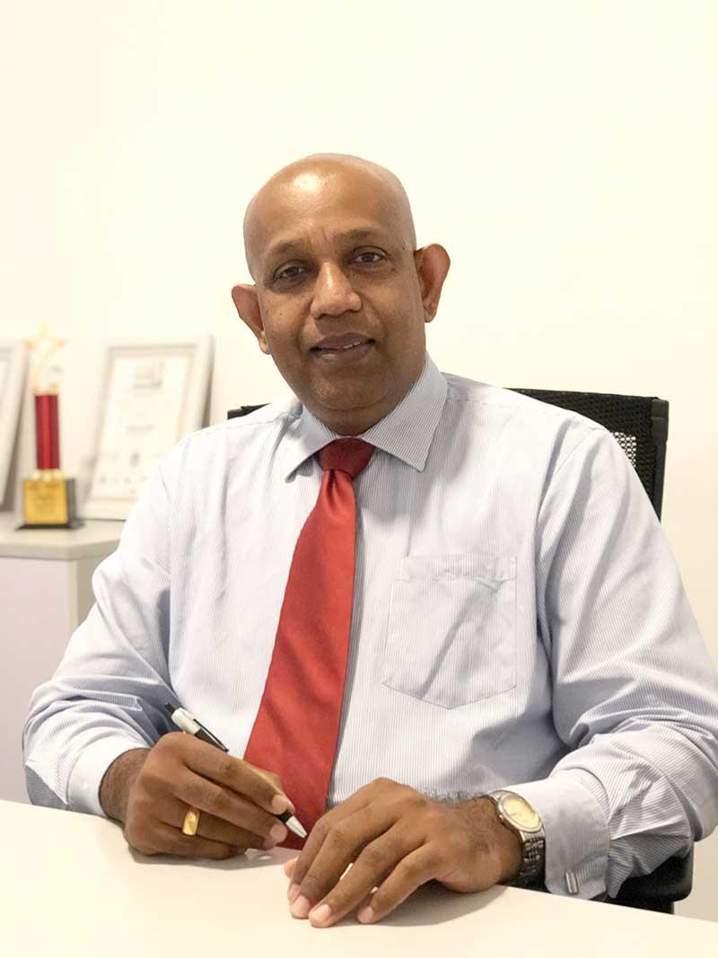 Jayanath-Dias,-Head-of-Cards–Seylan-Bank-