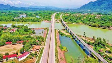1-Full-view-of-Vientiane-Vangvieng-Expressway